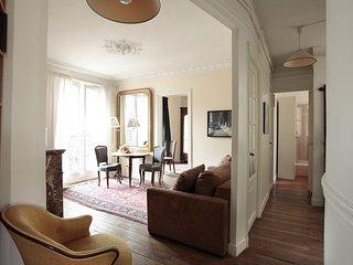PerfectlyParis Artists Corner sleeps 4 - Paris vacation rentals