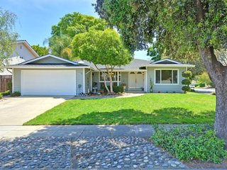 Executive house in upscale Almaden Valley Resident - San Jose vacation rentals