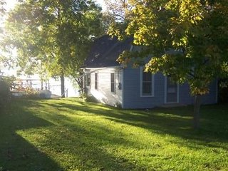 Seneca Lake--Great Sunsets - Winetrail-Fishing - Geneva vacation rentals
