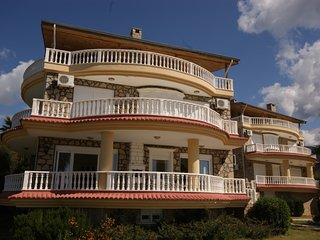 "Villa Laura ""your Beautiful Villa sleeps 10"" - Alanya vacation rentals"