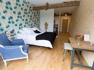 le clos des abeilles chambres d'hôtes Angelus - Ruch vacation rentals