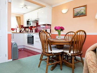 """Little Willows"" Widemouth Bay Sea View Bungalow - Widemouth Bay vacation rentals"