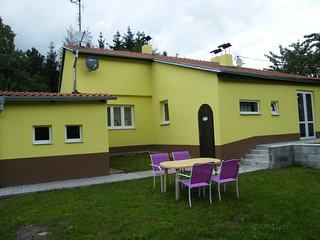 Nice House with Internet Access and Parking Space - Lubenec vacation rentals