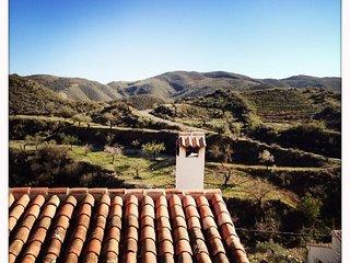 Casa La Yedra: Appartamento Montagna - Lubrin vacation rentals