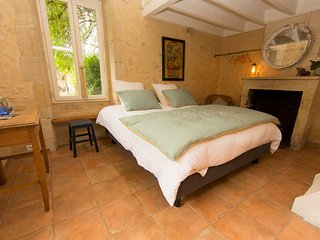 le clos des abeilles chambres d'hôtes Yquem - Ruch vacation rentals
