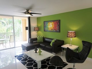 408| Three Bedroom,Sep/Oct special offer $189 nite - Aventura vacation rentals