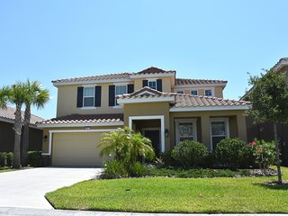 Gorgeous 5/4.5 House * Sol Terra with Private Pool - Davenport vacation rentals