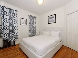 Midtown West 1bdr /1bath  Apt!  #8918 - Manhattan vacation rentals