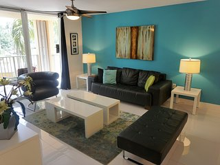 208 Three bedroom ,Great vacation. - Aventura vacation rentals