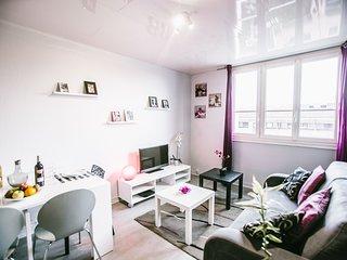 ★ Beau 3 pièces avec Garage ★★★ Métro St-Cyprien ★ - Toulouse vacation rentals