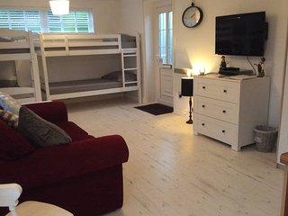 1 bedroom Bungalow with Internet Access in Merthyr Tydfil - Merthyr Tydfil vacation rentals
