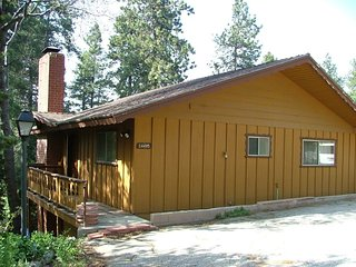 The Druce Cabin - Crestline vacation rentals