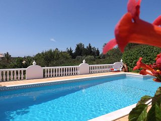 Beautiful Villa 2 rooms Private Pool - ALBUFEIRA - Guia vacation rentals