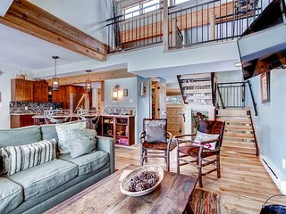 4 O'Clock Lodge D26 - Walk to Lifts/Walk to Town - Breckenridge vacation rentals