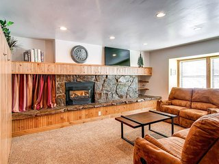 Longbranch 116 - Shuttle to Lifts/Walk to Town - Breckenridge vacation rentals