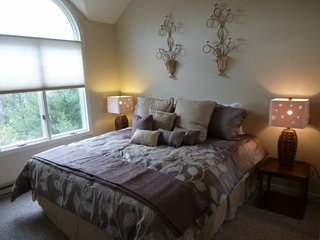 #105 3 Bedroom Ski and Lake Townhome - Lake Harmony vacation rentals