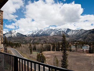 New Luxury Condo Steps to Lifts - Amazing Views - Free Night Offer - Durango vacation rentals