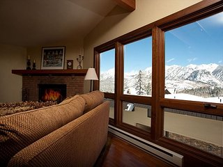 Affordable Luxury Ski in/Ski Out Condo - Awesome Views - Free Night Offer - Durango vacation rentals