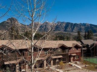 Awesome Views - Heated Pool - Free Ski Shuttle - 4th Night Free - Durango vacation rentals