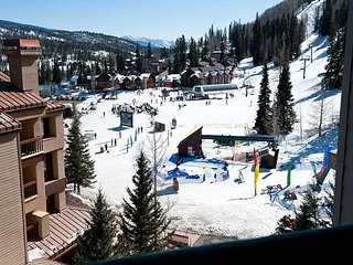 6th Floor Affordable Ski in/Out Condo - Awesome Views - Free Night Offer - Durango vacation rentals
