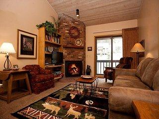 Colorado Condo - Heated Pool - Free Ski Shuttle - 4th Night Free - Durango vacation rentals