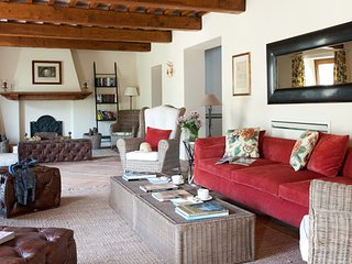 Charming Villa with Grill and Washing Machine - Pierantonio vacation rentals
