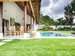 Charming villa - 2 bedrooms - near famous beaches - Ungasan vacation rentals