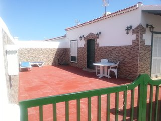 2 bedroom House with Satellite Or Cable TV in Abades - Abades vacation rentals