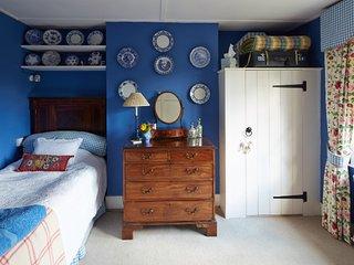 Thimbles bed and breakfast - Single Room - Heathfield vacation rentals