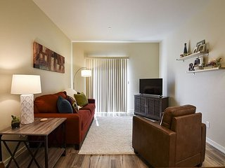 Willow Suite - Fresh, Brand New and Inviting! Perfect location to Explore - Arcata vacation rentals