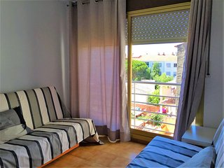 Bright L'Estartit Apartment rental with A/C - L'Estartit vacation rentals