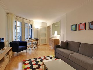 S07110 - Studio 2 personnes Champ de Mars - 7th Arrondissement Palais-Bourbon vacation rentals