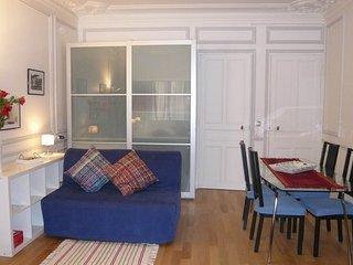 S02336 - Studio 4 personnes Bourse - 1st Arrondissement Louvre vacation rentals
