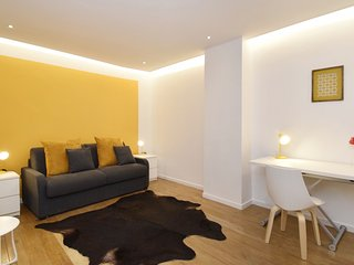 S02147 - Studio 2 personnes Montorgueil - Paris vacation rentals