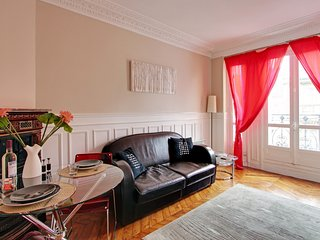 117172 - Appartement 4 personnes Plaine Monceau - - Levallois-Perret vacation rentals