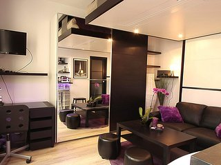 S09044 - Studio 2 personnes St Lazare - 18th Arrondissement Butte-Montmartre vacation rentals