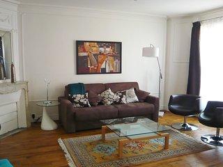 115056 - Appartement 4 personnes Portes de Versail - Vanves vacation rentals