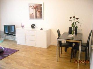117317 - Appartement 4 personnes à Paris - Levallois-Perret vacation rentals
