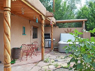 Casa Joya Escondida Taos Town, NM Historic District - Walk to Plaza-1/2 mile - Taos vacation rentals