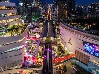 2BR Modern Luxury 5 mins walk to BTS and malls - Bangkok vacation rentals