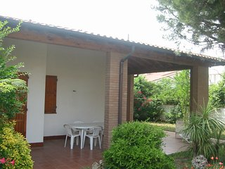3 bedroom Villa with A/C in Lido di Pomposa - Lido di Pomposa vacation rentals