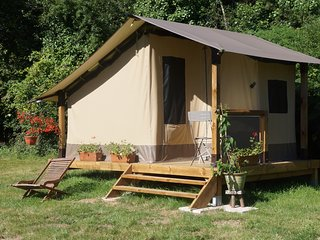 Romantic 1 bedroom Le Champ-Saint-Pere Tented camp with Parking - Le Champ-Saint-Pere vacation rentals