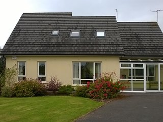 Foalies Bridge 4 - Belturbet vacation rentals