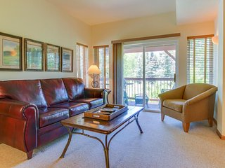 Alpine chalet with shared hot tub and easy adventure access! - Fraser vacation rentals