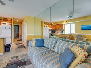 Cheery beach-themed condo close to dining and attractions! - Ocean City vacation rentals