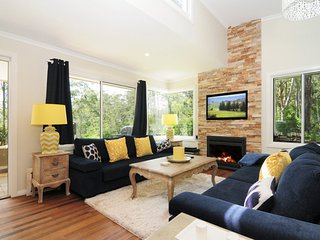 Lovely 2 bedroom House in Kangaroo Valley with Television - Kangaroo Valley vacation rentals
