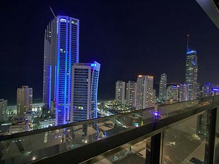 1 bed level 30 Ocean views Surfers Paradise - Surfers Paradise vacation rentals