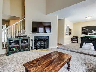 Updated condo w/ large private hot tub; fireplace, nearby park - Salt Lake City vacation rentals