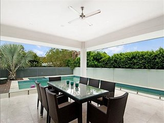 Bright 4 bedroom House in Terrigal - Terrigal vacation rentals