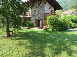 Nice Condo with Balcony and Central Heating - Lathuile vacation rentals